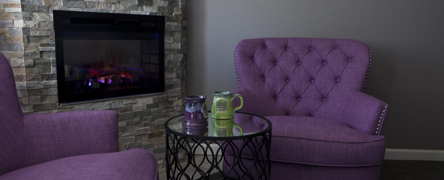 king suite fireplace