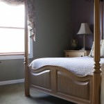 Olive Hills Queen Suite Bed